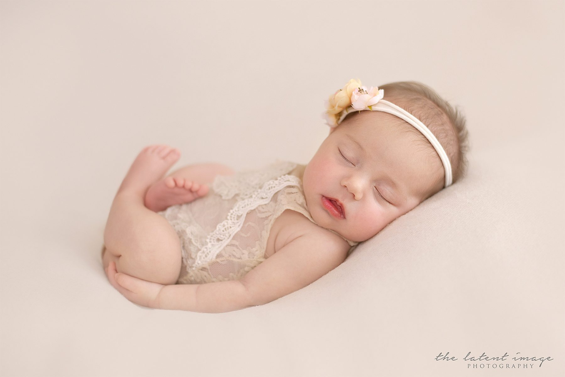 Newborn photography Wheelers Hill, Newborn baby